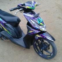 striping motor-beat-karbu-dark-violet